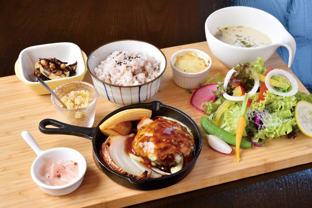 奈良っこ、モクカフェ、MOKUCAFE、奈良市、カフェ、焼肉