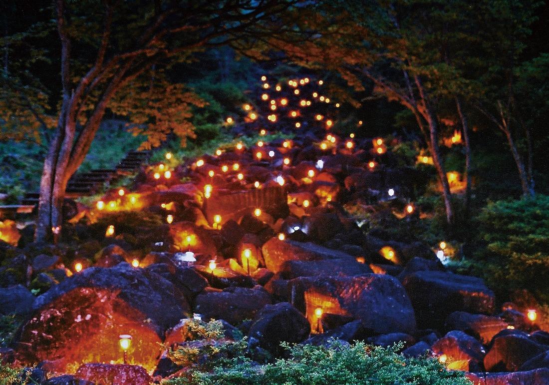 奈良っこ、鍋倉渓ライトアップ