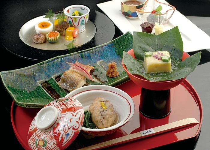 奈良市、京会席、特製おせち、美酒、旬の美味、和モダン