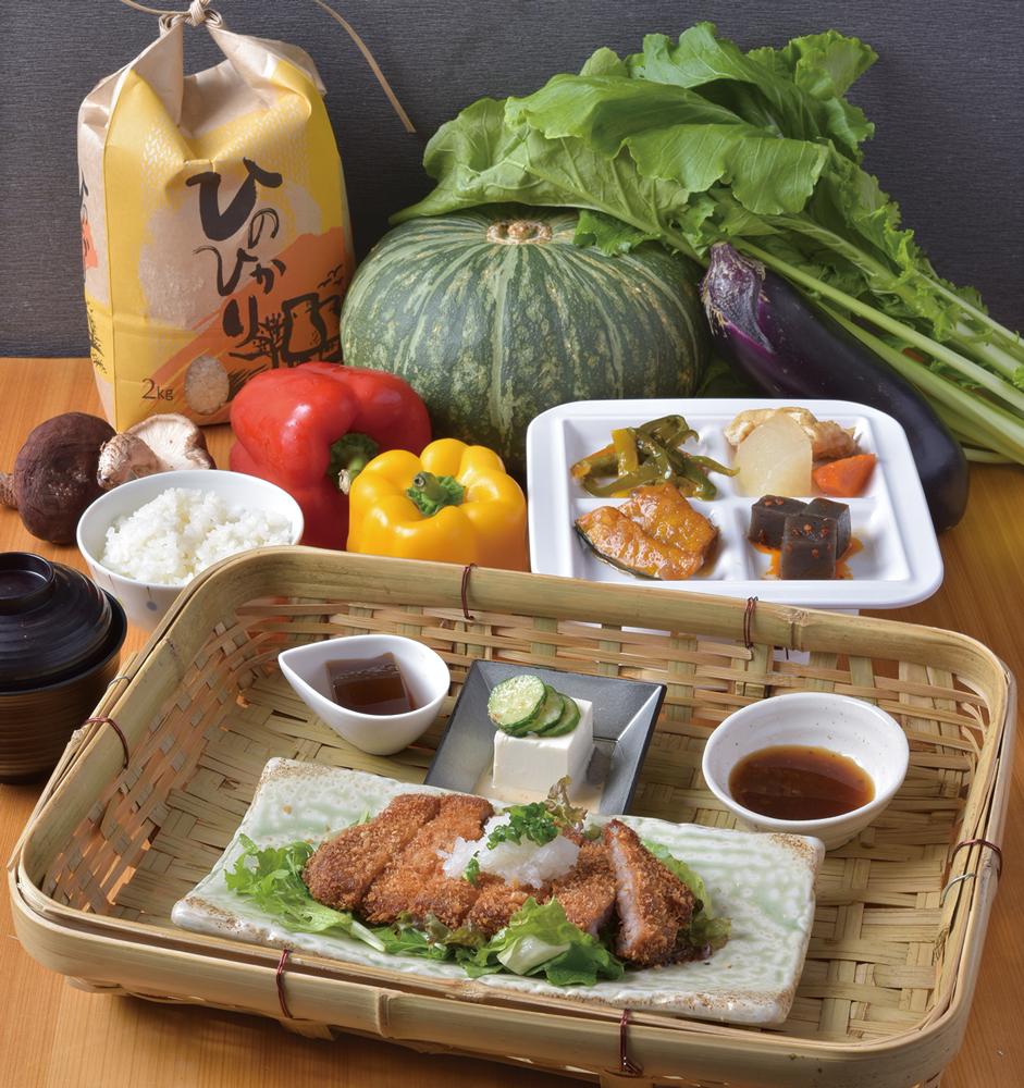 『古都華かご農膳』(選べる野菜プレート付)880円(税別)