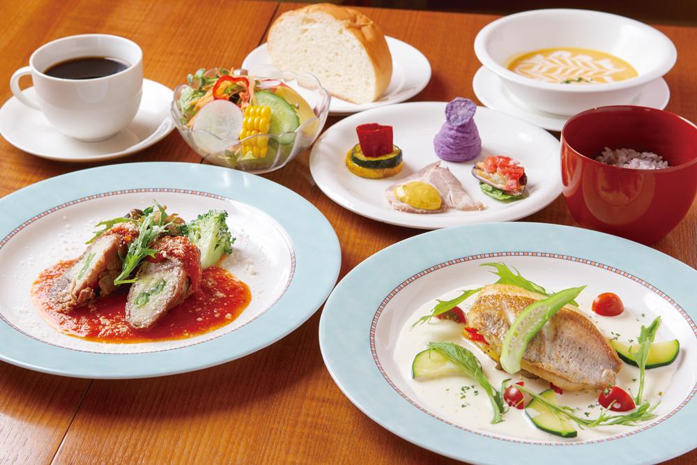 スペシャルSognoセット(前菜盛り合わせ、スープ、メイン料理(肉と魚)、サラダ、雑穀米orパン、ドリンク)2,000円(税別)